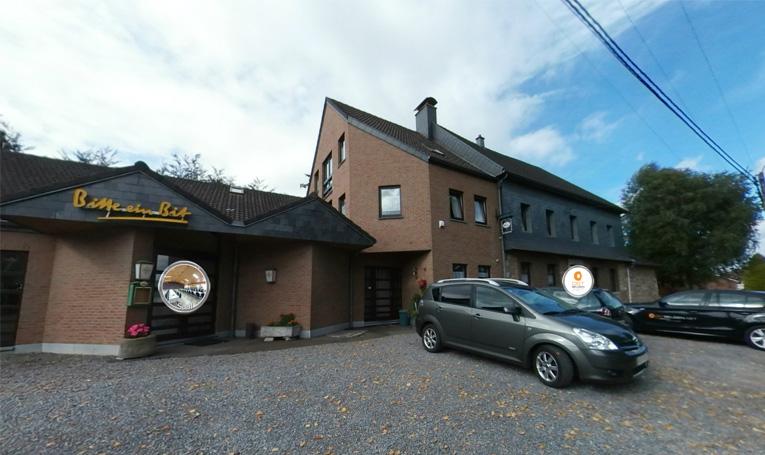 Kettenis: Grossvolumiges Anwesen mit Renditepotential